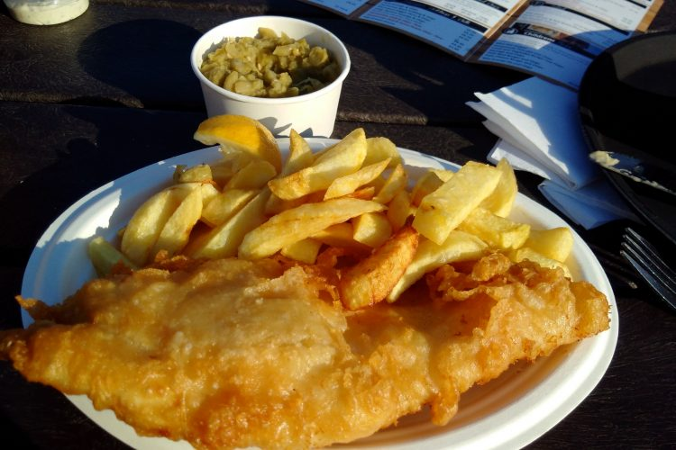 Fish & chips + mushy peas